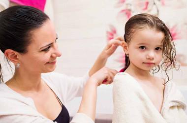 Çocukların saçları ne sıklıkta yıkanmalı?